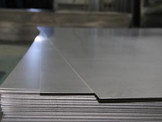 Titanium plates/sheets